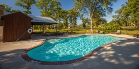 King Oaks Pool